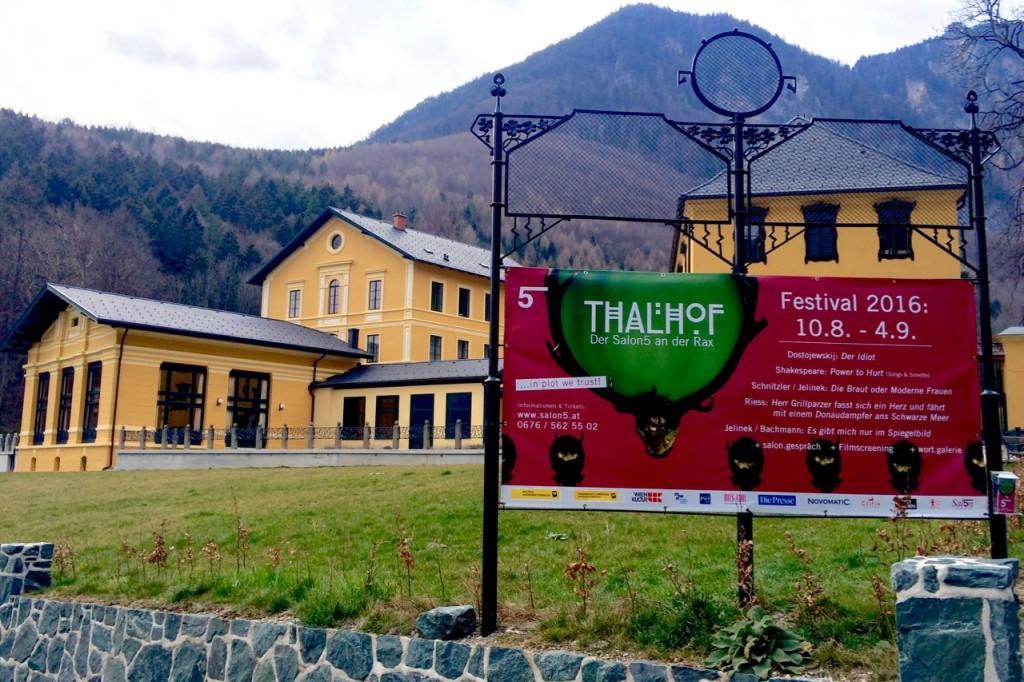 Thalhof_mit_Tafel_2016